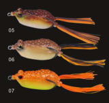 新しいデザイン柔らかいボディカエル釣魅惑の柔らかい魅惑のカエルの魅惑