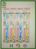 2017 projetos novos do Toothbrush adulto com Lingüeta-Líquido de limpeza