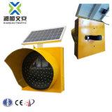 Amarillo parpadeando el LED alimentado por energía solar Semáforo de Alerta