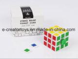 Cube neuf en personne remuante de détente 2017