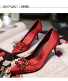 Ботинки повелительницы платья высокой пятки