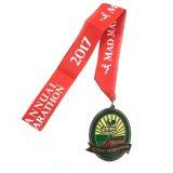 Medalla roja de encargo colorida del esmalte del metal de la cinta