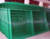 Grenzwand-3D gefalteter Kurbelgehäuse-Belüftung beschichteter geschweißter Maschendraht-Zaun