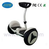 2 de Slimme Zelf In evenwicht brengende Elektrische Autoped van het wiel met de Staaf van het Handvat