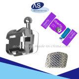 L'orthodontie MIM Base de maillage à profil bas auto crochets Liagting Supports avec 345Ce FDA ISO13485