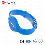 Wristband impermeável do PVC RFID para o parque da água