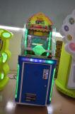 Het binnen In werking gestelde Muntstuk van de Speelplaats Rakend Machine