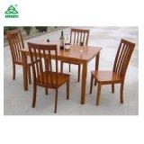 De houten Eettafel en de Stoelen Van uitstekende kwaliteit van het Meubilair voor Verkoop
