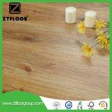ワックスを掛けられた最上質HDF Unilin HDFの木製の寄木細工の床の木によって薄板にされるフロアーリング