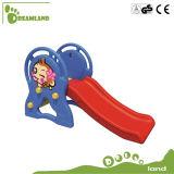 Горячая продажа детей дошкольного возраста практических крытый пластиковые слайд для детей