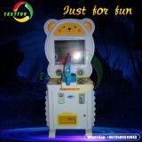 Il centro congelato bambini del gioco di eroe scherza il simulatore a gettoni della fucilazione della pistola del laser della macchina del gioco