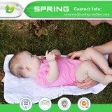 Bébé changeant 3 couches de laminage de couche-culotte de couvre-tapis de garniture changeante d'urine