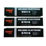 Uitstekende kwaliteit van de Staven van het Lassen van Aws A5.1 E6013 van Toko, Japan