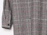 Robe faite sur commande de femmes de Long-Type de Plaided de mode avec le bouton