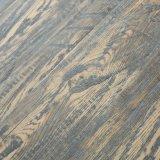Le foulage en bois de surface de texture de V-Cannelure a ciré stratifié parquetant AC3 imperméable à l'eau