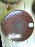Piatto di ceramica della nuova glassa