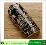 Contrassegno della bottiglia di vino di figura del cuore della pesca del metallo, autoadesivo su ordinazione del vino del metallo