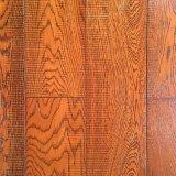 Настил дуба Handscraped с 3 слоями деревянным справляясь Gunstock