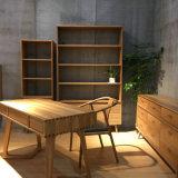 la simplicidad primitiva, elegantes muebles de la antigüedad por un Schoolroom