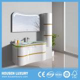 IP44 Novo Design luxuoso LED curvo de PVC montado na parede de banho da Bacia de vidro Sanitária Cabinet HS-Q1107-1000