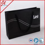 Elemento portante di acquisto con i sacchi di carta di lusso su ordinazione del regalo della maniglia della corda e di stampa
