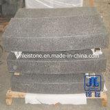 Flameado Superficie G684 Basalto curvada piedra de bordillo para carretera