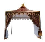 Роскошный квадратный Pagoda пробки хлопает вверх шатер для венчания партии