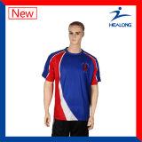 Modèle frais de Healong vêtant le T-shirt respirable à séchage rapide de sublimation pour les hommes