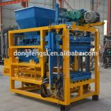 Машина блока кирпича цемента пепла Qt4-25 электрическая для конструкции