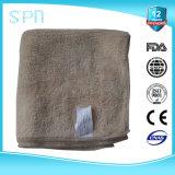 De in reliëf gemaakte Overdracht die van de Hitte de Lange Handdoek van Microfiber van de Vezel afdrukken