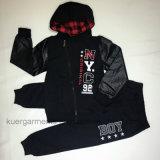 Втулка с одеждами мальчика PU, одежда детей способа