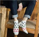 Retro Socken-Funktionseigenschaft-Art-Jacquardwebstuhl-Mann-Knöchel-Socken