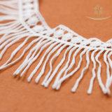 Garniture de lacet de mode des glands L40003