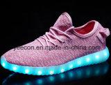 Comercio al por mayor zapatos cargador USB LED se encienden los zapatos para mujeres/hombres
