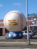 Grande modello gonfiabile esterno della replica della sfera di baseball di sport da vendere