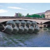 Coussin gonflable pour bateau à air cylindrique à caisse