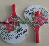 Het klassieke Spel van de Peddel van het Tennis van het Strand Houten die met 2 Ballen, 2 Dikke Bestand Houten Rackets van het Water, 1 Opnieuw te gebruiken Netto Zak wordt geplaatst