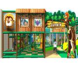Campo de jogos interno dos miúdos temáticos da selva do divertimento do elogio