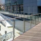 De in het groot Montage van het Glas van de Balustrade van het Traliewerk van het Roestvrij staal van de Prijs van de Fabriek