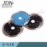 Los dientes de la protección de la hoja de sierra de diamante