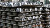 Utensilios de cocina pintados a todo color de la caldera del silbido
