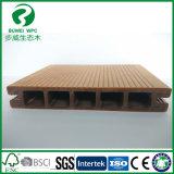 Decking composé en plastique en bois respectueux de l'environnement normal imperméable à l'eau