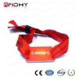 Bracelet tissé par IDENTIFICATION RF à application unique d'utilisation avec la carte de code barres
