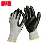 белые покрынные PU перчатки работы безопасности 13G