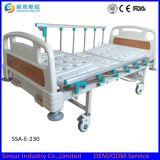 アルミ合金のガードレールの病院の使用の電気二重機能医学のベッド
