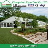 Grande tente supplémentaire de mariage avec la décoration de doublure