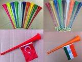 De Hoorn van de Ventilators van het voetbal, de Hoorn van Ventilators Vuvuzela, de Hoorn van de Ventilator met Vlag, het Toejuichen Hoorn