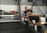 Tmcc-2025 Nocken-Polsterung-Ausschnitt-Maschinen-industrieller Gewebe-Scherblock CNC-CAD