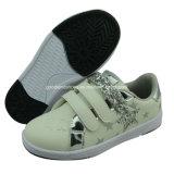 Chaussures du patin des enfants de qualité de Hight avec l'OEM de DM Outsole