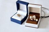 宝石類の金の銀製の結婚指輪のイヤリングのカフスボタン(Ys331)のための品質および贅沢の革ビロードのプラスチック紙箱